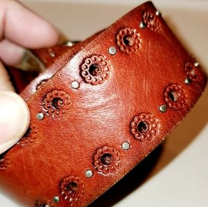 Genuine Fossil Leather Belt Metal Rivets Beautiful
